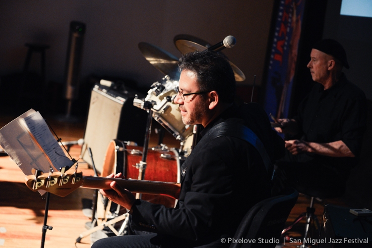 2019-06 Craig Cafall Blues Band Photos