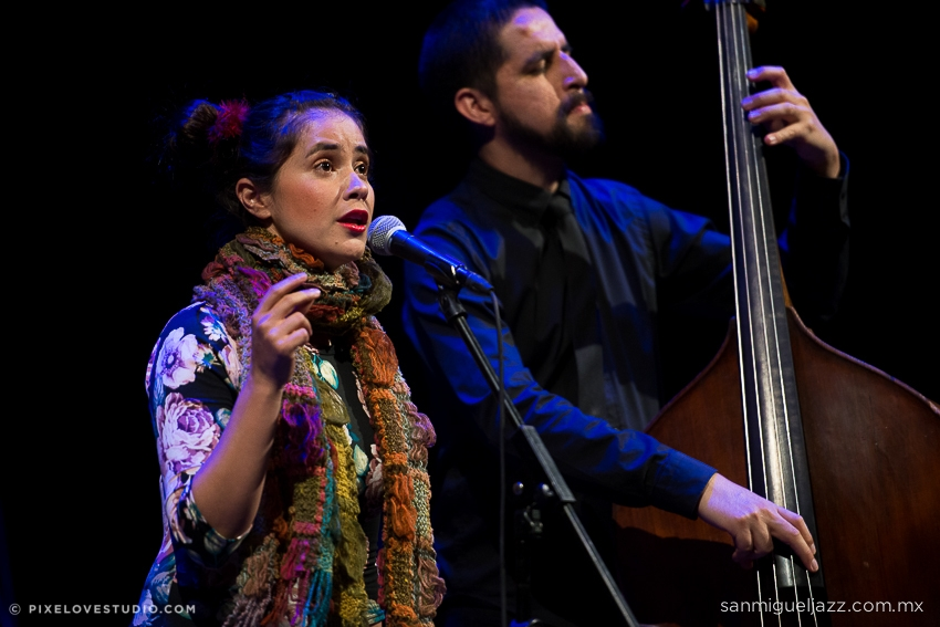 Nov 15 |  Jenny Beaujean & Benjamín García